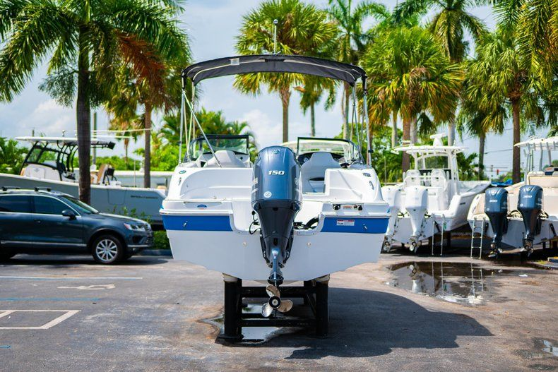 Thumbnail 6 for New 2020 Hurricane SD 217 OB boat for sale in West Palm Beach, FL