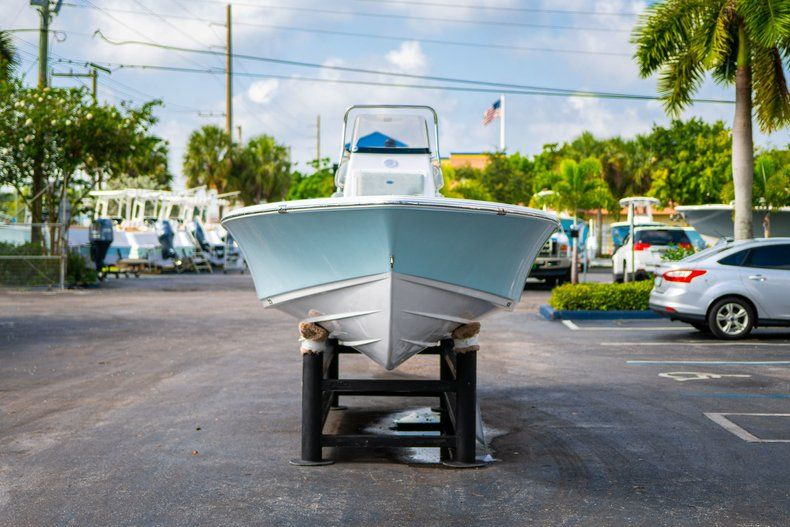 Thumbnail 2 for New 2020 Sportsman Masters 207 Bay Boat boat for sale in Vero Beach, FL