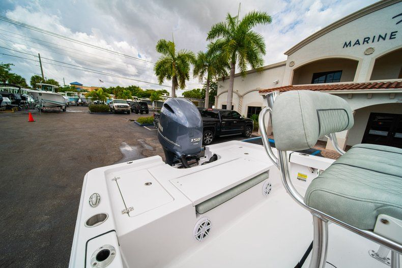 Thumbnail 9 for New 2020 Sportsman Masters 207 Bay Boat boat for sale in Miami, FL