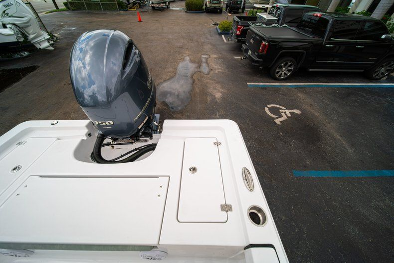 Thumbnail 13 for New 2020 Sportsman Masters 207 Bay Boat boat for sale in Miami, FL