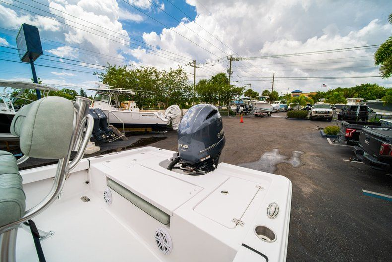 Thumbnail 12 for New 2020 Sportsman Masters 207 Bay Boat boat for sale in Miami, FL