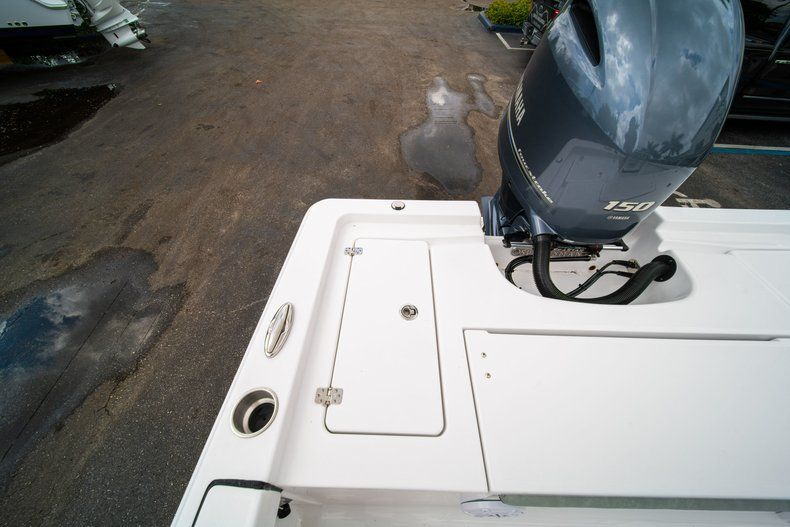 Thumbnail 10 for New 2020 Sportsman Masters 207 Bay Boat boat for sale in Miami, FL