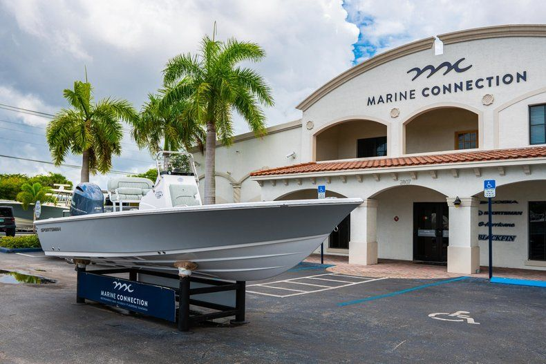 Thumbnail 1 for New 2020 Sportsman Masters 207 Bay Boat boat for sale in West Palm Beach, FL