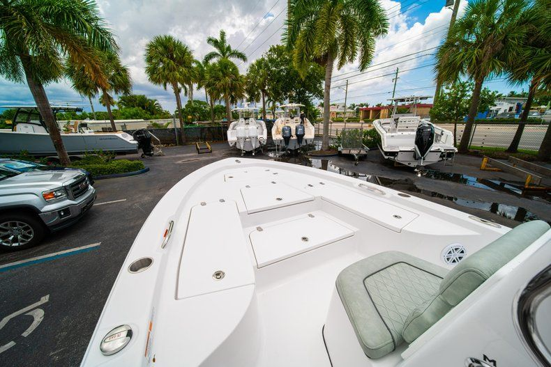Thumbnail 30 for New 2020 Sportsman Masters 207 Bay Boat boat for sale in Miami, FL