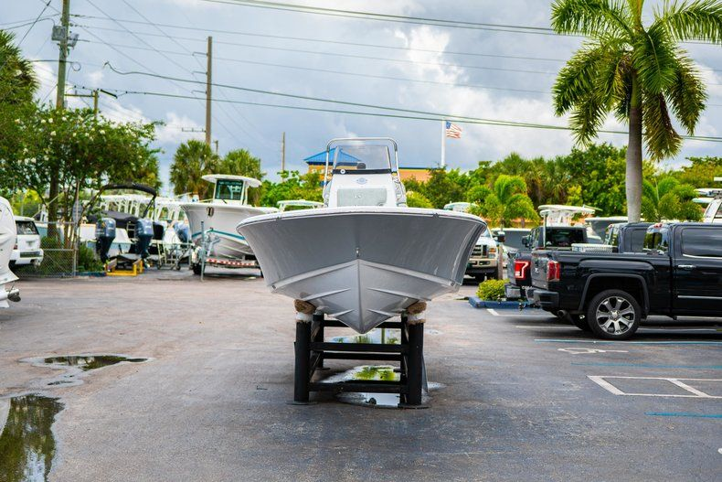 Thumbnail 2 for New 2020 Sportsman Masters 207 Bay Boat boat for sale in Miami, FL