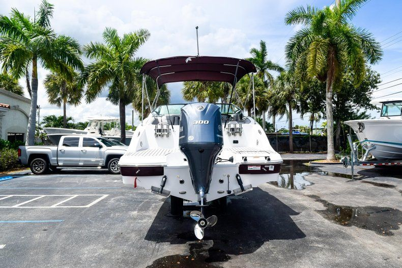 Thumbnail 6 for New 2019 Hurricane SD 2690 OB boat for sale in West Palm Beach, FL