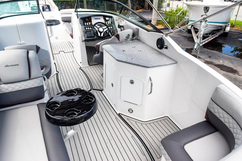 Thumbnail 72 for New 2019 Hurricane SD 2690 OB boat for sale in West Palm Beach, FL