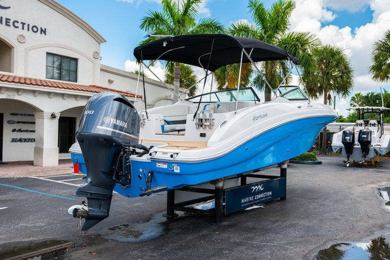 Thumbnail 7 for New 2019 Hurricane SD 2690 OB boat for sale in West Palm Beach, FL