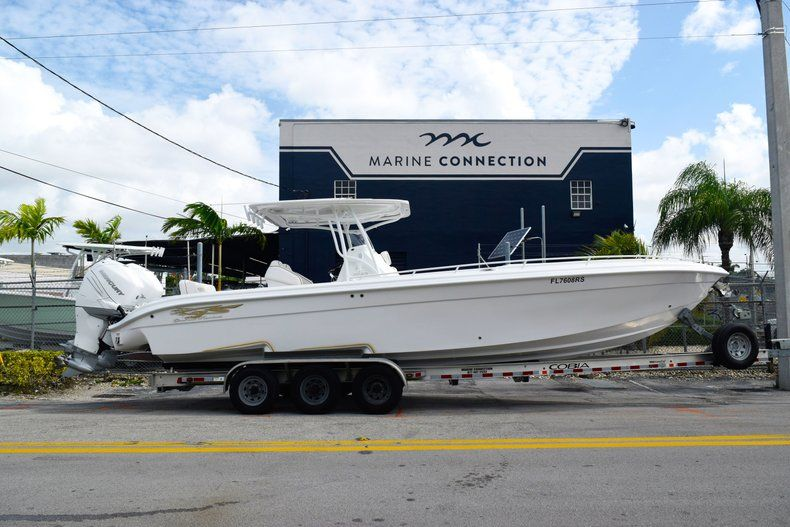 Thumbnail 0 for Used 2018 Glasstream 328 boat for sale in Miami, FL