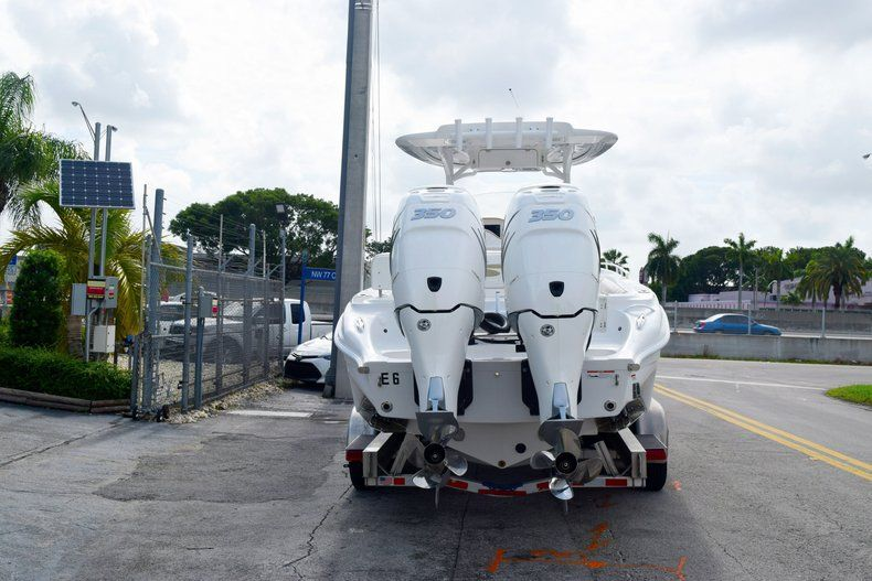 Thumbnail 3 for Used 2018 Glasstream 328 boat for sale in Miami, FL