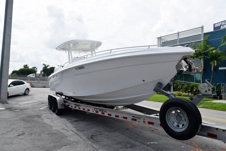 Thumbnail 9 for Used 2018 Glasstream 328 boat for sale in Miami, FL