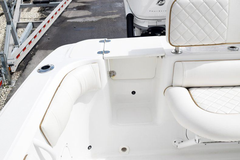 Thumbnail 12 for Used 2018 Glasstream 328 boat for sale in Miami, FL