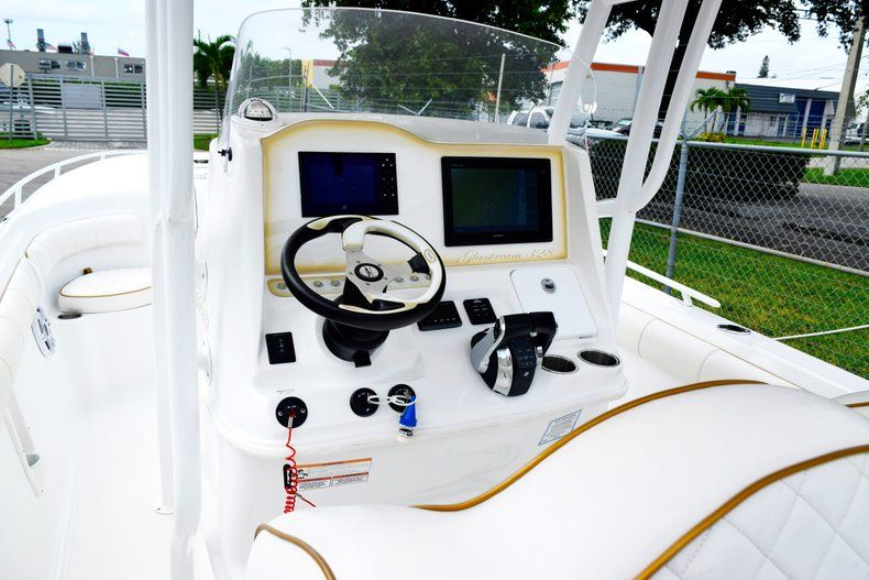 Thumbnail 70 for Used 2018 Glasstream 328 boat for sale in Miami, FL