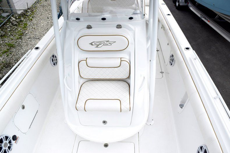 Thumbnail 106 for Used 2018 Glasstream 328 boat for sale in Miami, FL
