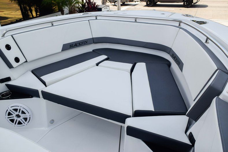 Thumbnail 82 for New 2019 Blackfin 272CC Center Console boat for sale in Fort Lauderdale, FL