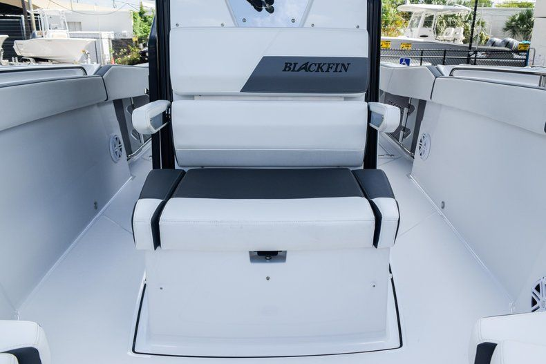Thumbnail 71 for New 2019 Blackfin 272CC Center Console boat for sale in Fort Lauderdale, FL