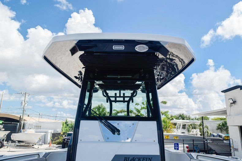 Thumbnail 72 for New 2019 Blackfin 272CC Center Console boat for sale in Fort Lauderdale, FL