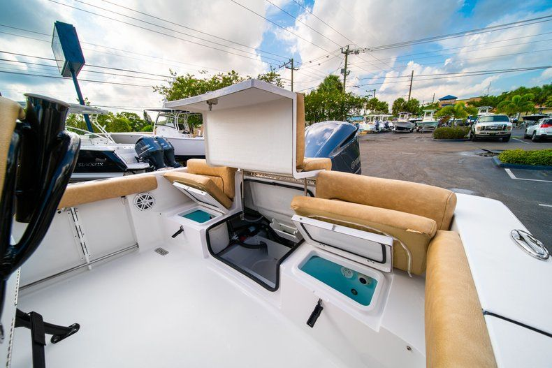 Thumbnail 11 for New 2020 Sportsman Heritage 231 Center Console boat for sale in West Palm Beach, FL