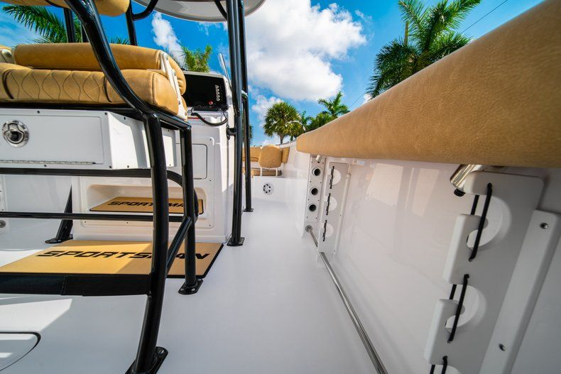 Thumbnail 17 for New 2020 Sportsman Heritage 231 Center Console boat for sale in West Palm Beach, FL