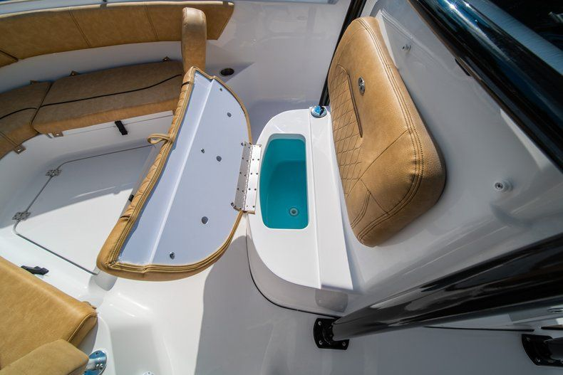 Thumbnail 39 for New 2020 Sportsman Heritage 231 Center Console boat for sale in West Palm Beach, FL