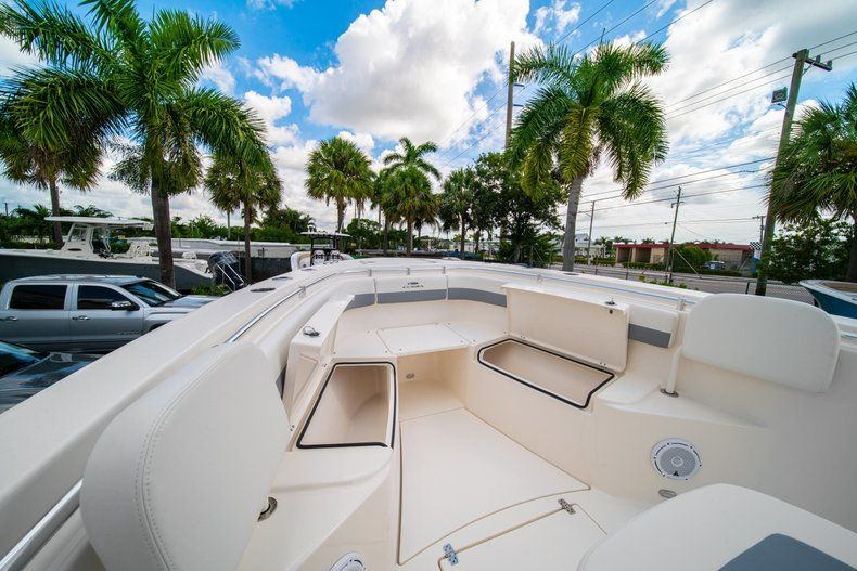 Thumbnail 37 for New 2019 Cobia 280 Center Console boat for sale in West Palm Beach, FL