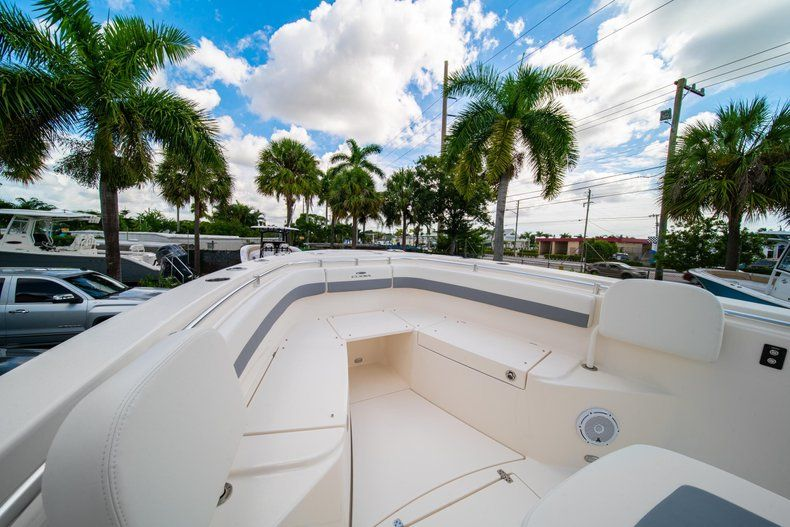Thumbnail 36 for New 2019 Cobia 280 Center Console boat for sale in West Palm Beach, FL