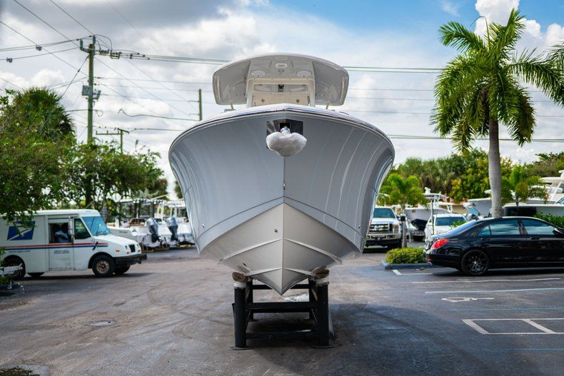 Thumbnail 2 for New 2019 Cobia 280 Center Console boat for sale in West Palm Beach, FL