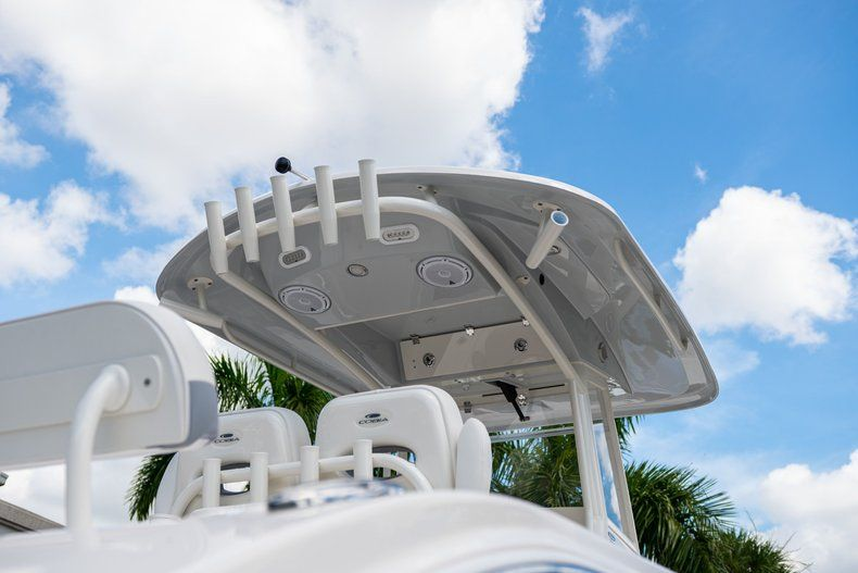 Thumbnail 10 for New 2019 Cobia 280 Center Console boat for sale in West Palm Beach, FL