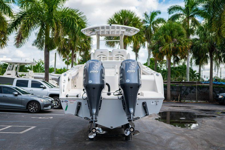 Thumbnail 7 for New 2019 Cobia 280 Center Console boat for sale in West Palm Beach, FL