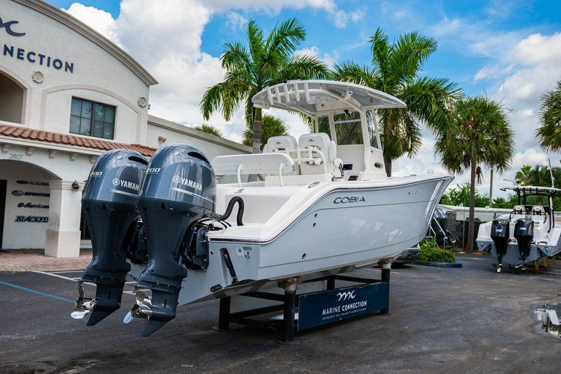 Thumbnail 9 for New 2019 Cobia 280 Center Console boat for sale in West Palm Beach, FL