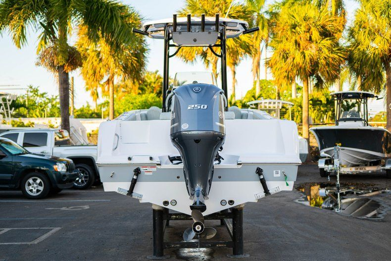 Image 6 for 2020 Sportsman Open 232 Center Console in West Palm Beach, FL