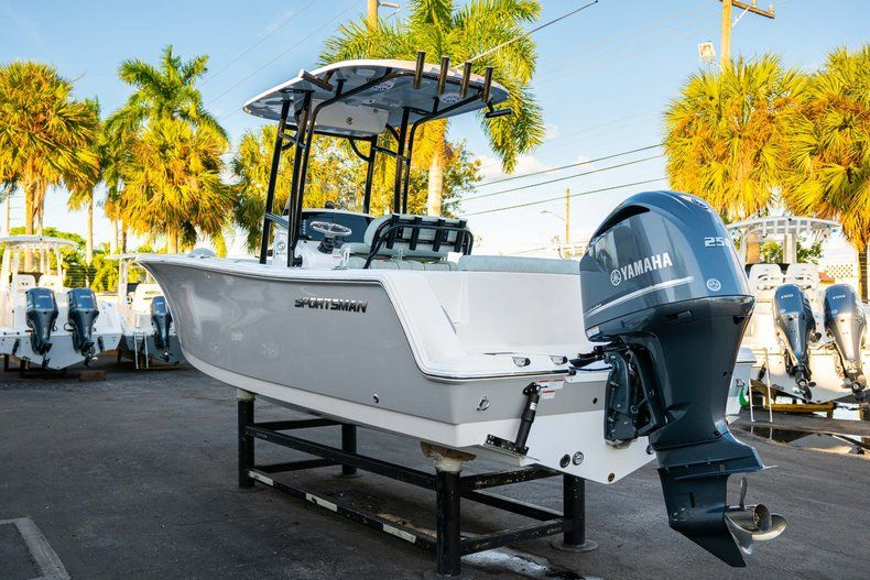 Image 5 for 2020 Sportsman Open 232 Center Console in West Palm Beach, FL