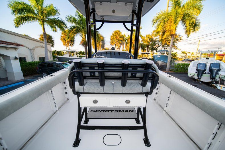 Image 17 for 2020 Sportsman Open 232 Center Console in West Palm Beach, FL