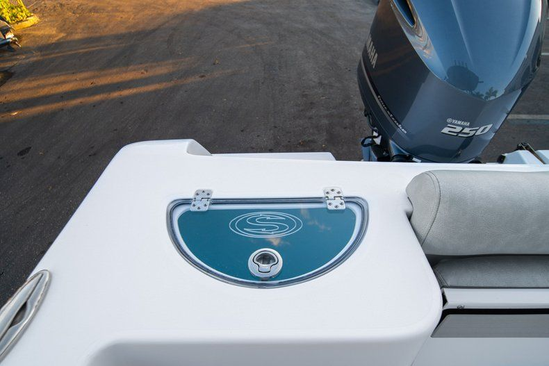 Image 11 for 2020 Sportsman Open 232 Center Console in West Palm Beach, FL