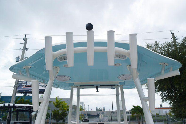 Thumbnail 8 for New 2019 Cobia 301 CC Center Console boat for sale in Vero Beach, FL
