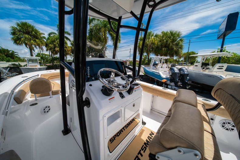 Thumbnail 26 for New 2020 Sportsman Open 212 Center Console boat for sale in West Palm Beach, FL