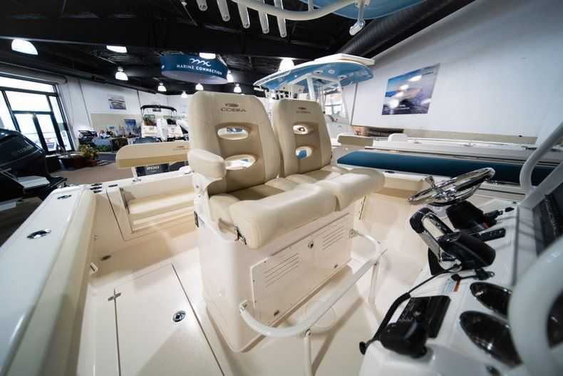 Thumbnail 17 for New 2020 Cobia 280 CC Center Console boat for sale in West Palm Beach, FL