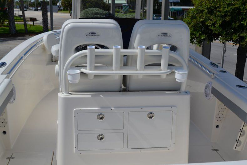 Thumbnail 10 for New 2020 Cobia 280 CC Center Console boat for sale in Vero Beach, FL