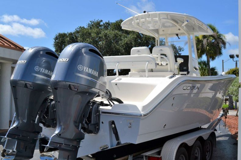 Thumbnail 4 for New 2020 Cobia 280 CC Center Console boat for sale in Vero Beach, FL