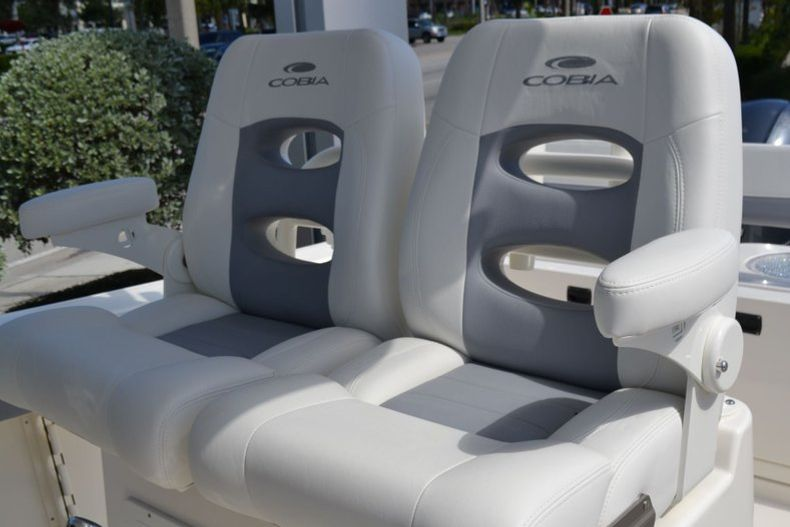 Thumbnail 14 for New 2020 Cobia 280 CC Center Console boat for sale in Vero Beach, FL