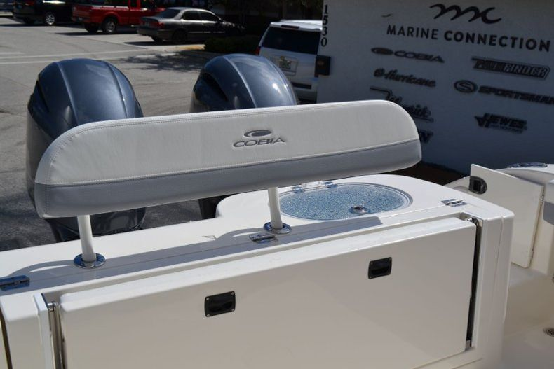 Thumbnail 19 for New 2020 Cobia 280 CC Center Console boat for sale in Vero Beach, FL
