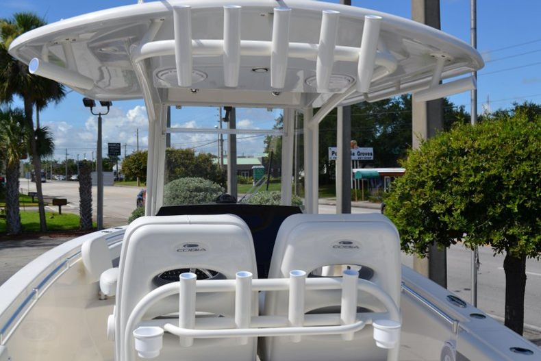 Thumbnail 9 for New 2020 Cobia 280 CC Center Console boat for sale in Vero Beach, FL