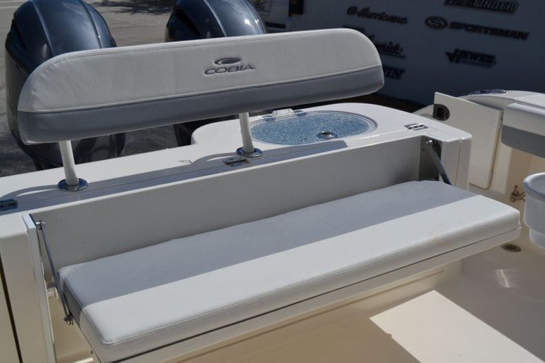 Thumbnail 20 for New 2020 Cobia 280 CC Center Console boat for sale in Vero Beach, FL