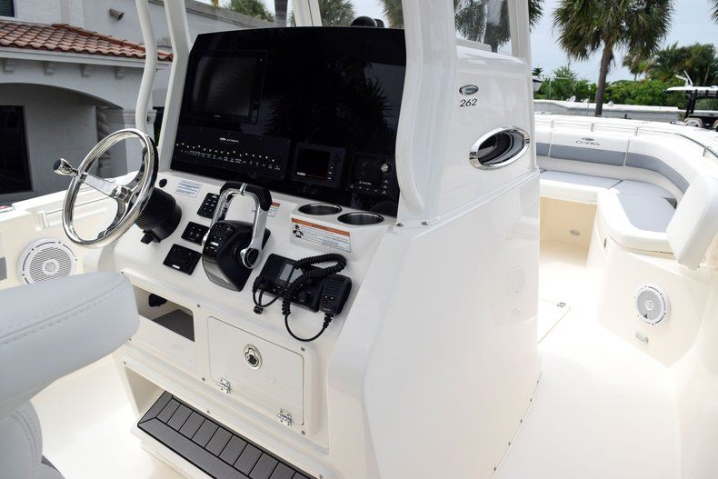 Thumbnail 32 for New 2019 Cobia 262 Center Console boat for sale in Fort Lauderdale, FL