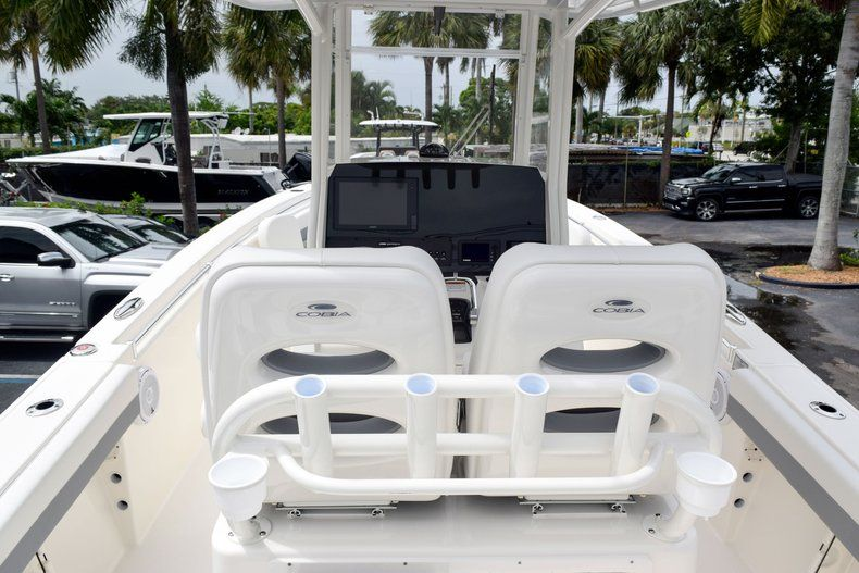Thumbnail 26 for New 2019 Cobia 262 Center Console boat for sale in Fort Lauderdale, FL