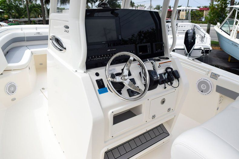 Thumbnail 31 for New 2019 Cobia 262 Center Console boat for sale in Fort Lauderdale, FL