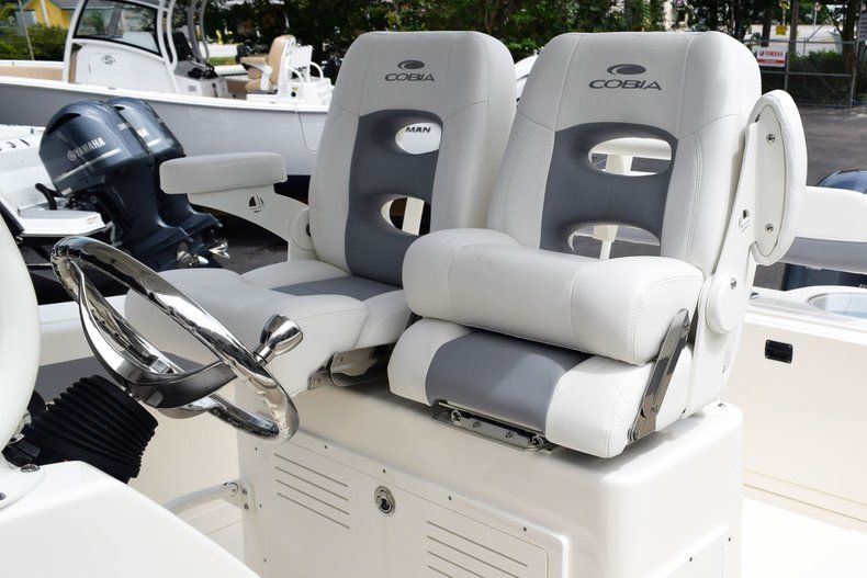 Thumbnail 44 for New 2019 Cobia 262 Center Console boat for sale in Fort Lauderdale, FL