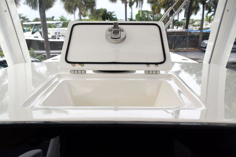 Thumbnail 52 for New 2019 Cobia 262 Center Console boat for sale in Fort Lauderdale, FL