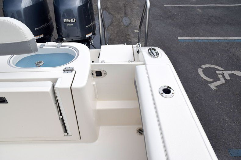 Thumbnail 84 for New 2019 Cobia 262 Center Console boat for sale in Fort Lauderdale, FL