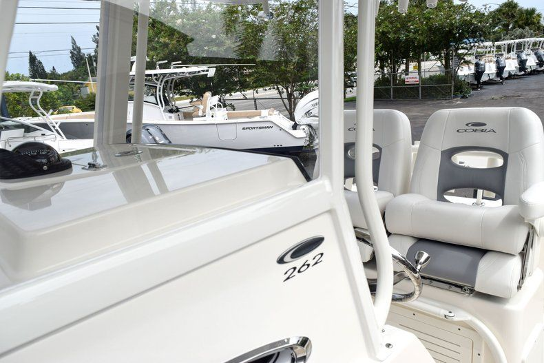 Thumbnail 92 for New 2019 Cobia 262 Center Console boat for sale in Fort Lauderdale, FL